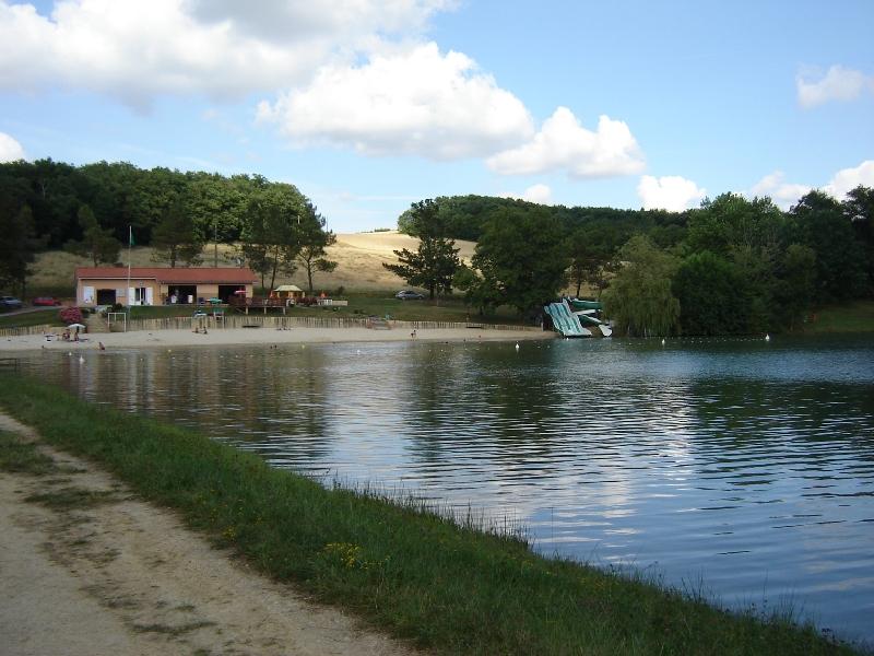 Lac d'Aignan et sa guinguette 1 km 500