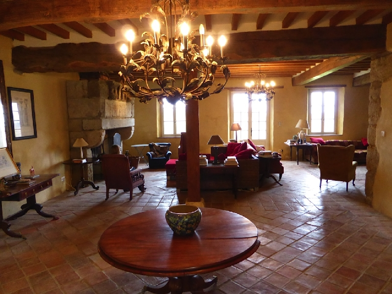 Maison Manechal - Large reception room